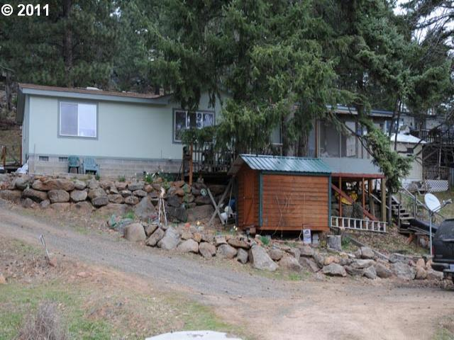 313 Oak Park Ln, Tygh Valley, OR 97063