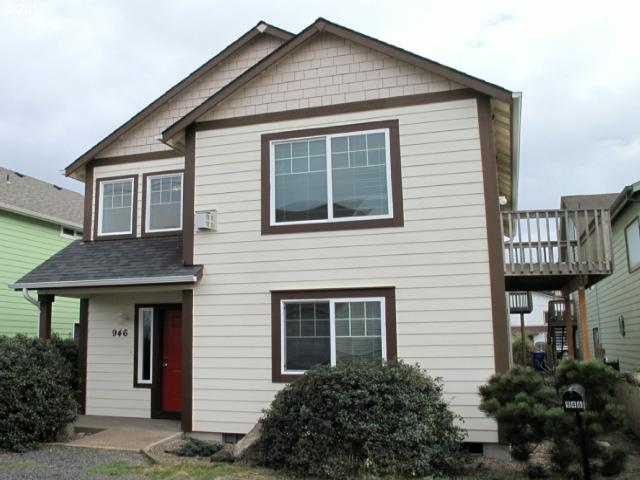 946 NW High St, Newport, OR