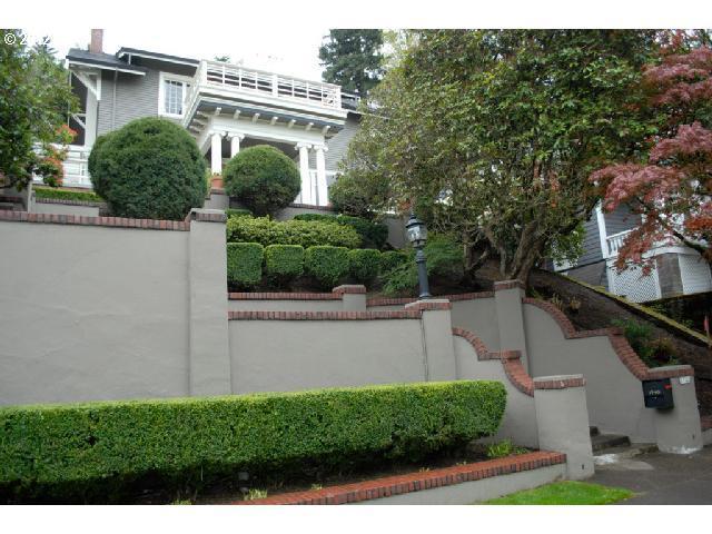 1740 SW Elizabeth St, Portland, OR 97201