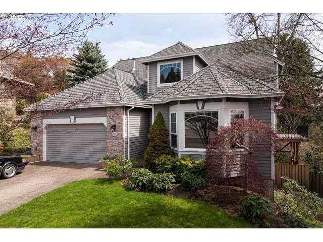 4076 Coltsfoot Ln, Lake Oswego, OR 97035