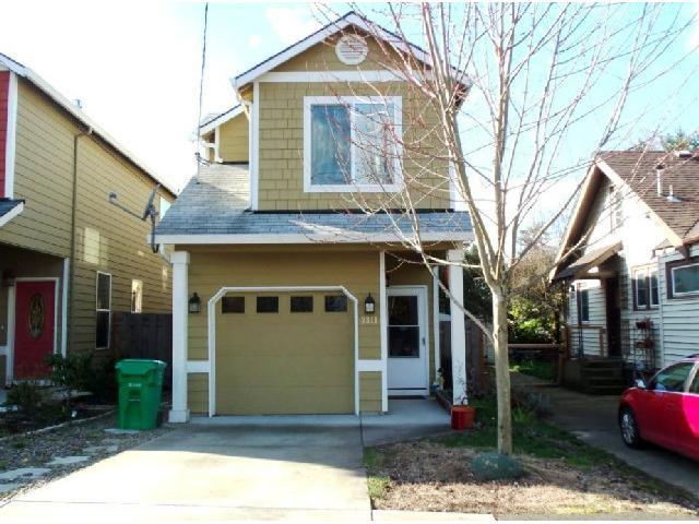 9311 N Macrum Ave, Portland, OR 97203