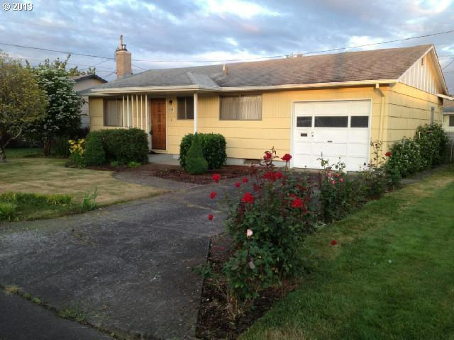 1174 Dellmoor Way, Woodburn, OR 97071