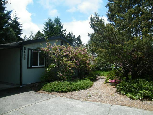 2188 12th St, Florence, OR