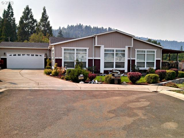 131 Wild Creek Way, Canyonville, OR 97417