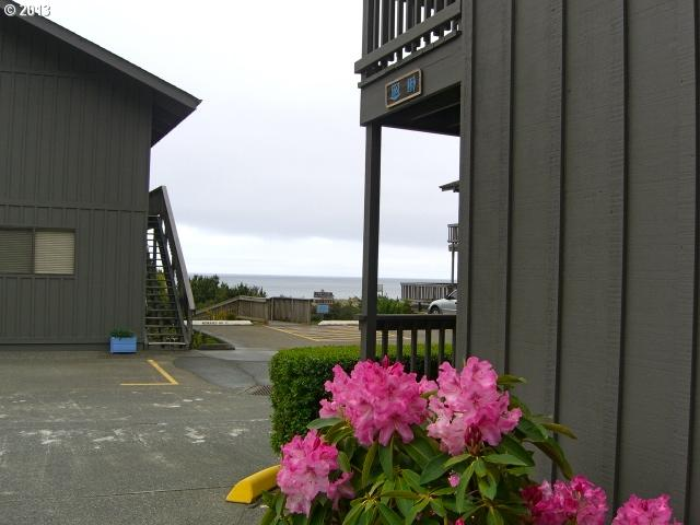 29134 Ellensburg Ave 12, Gold Beach, OR