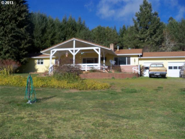 30482 Cow Creek Rd, Glendale, OR 97442