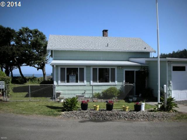 235 NW Vista St, Depoe Bay, OR