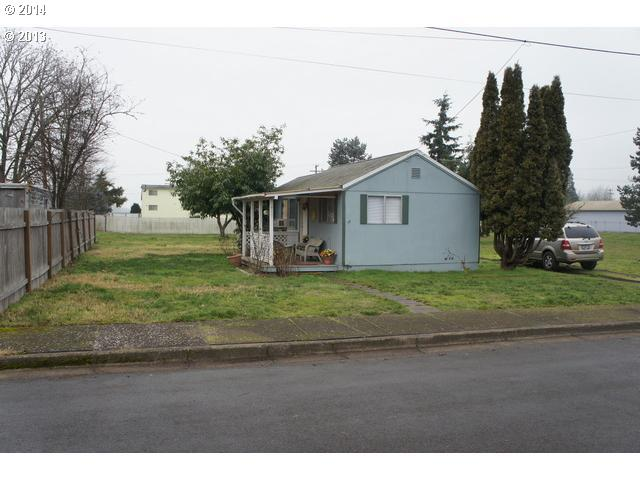 427 E 2nd Ave, Junction City, OR