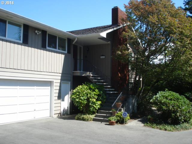 1025 W Park Ry, Coos Bay, OR