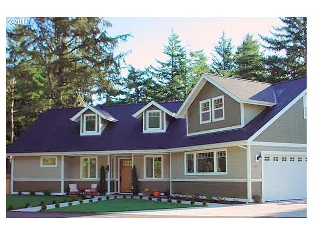 679 Rhododendron Dr, Florence, OR