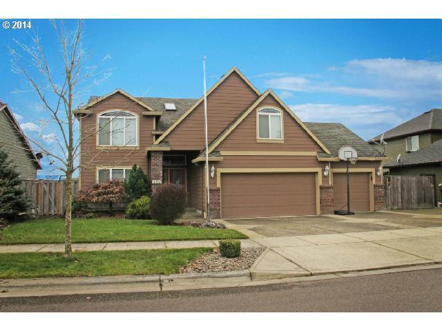 2330 Strasburg Dr, Forest Grove, OR 97116