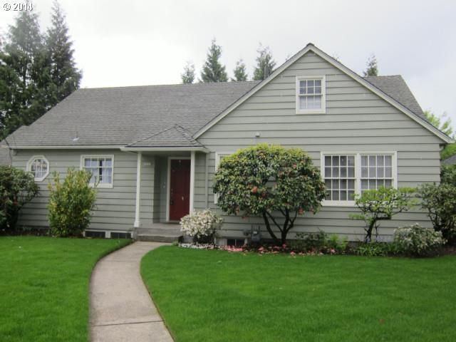 2820 N Emerson Ct, Portland OR 97217