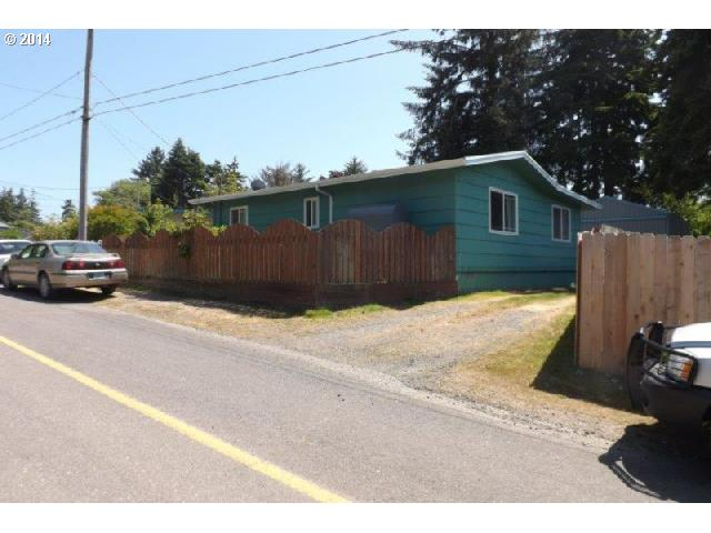 91360 Barklow Ln, Coos Bay, OR