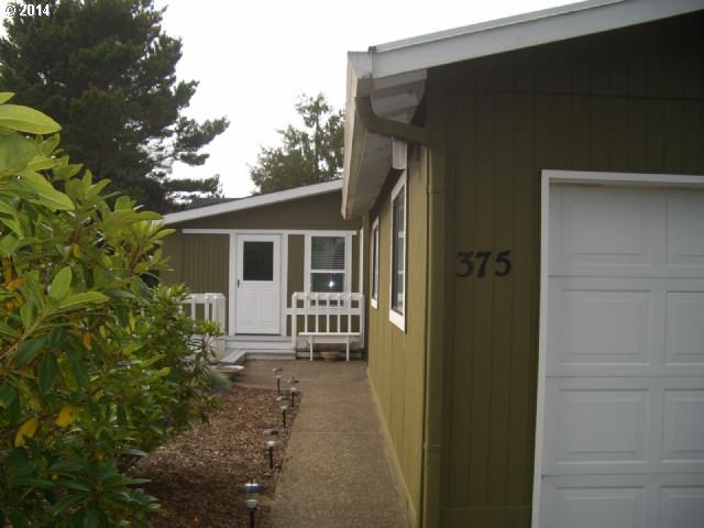 375 Seagrove Loop, Lincoln City OR 97367