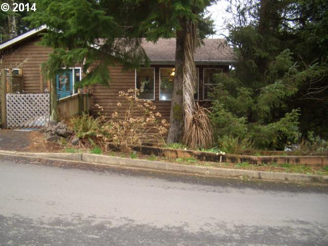 15 SE Ainslee Ave, Depoe Bay, OR