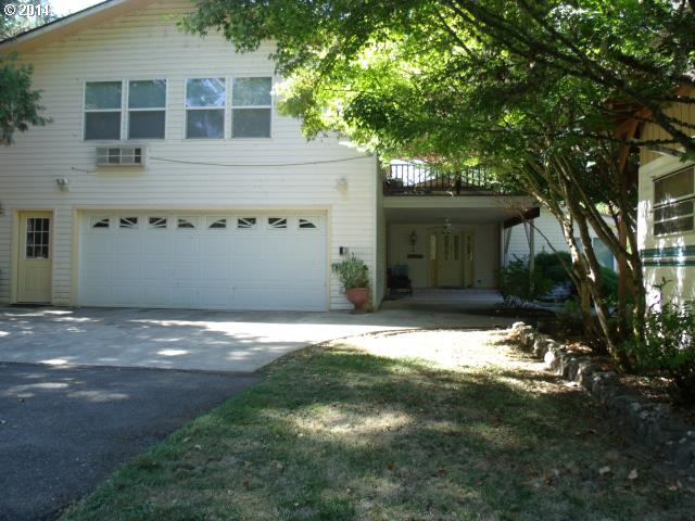2900 Shively Creek Rd, Canyonville OR 97417