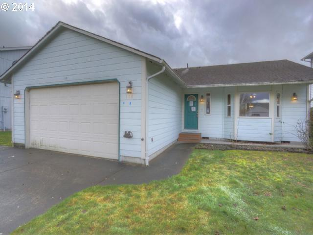 118 Mission Rd, Kelso WA 98626