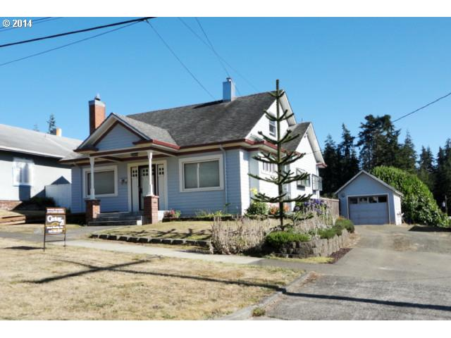 861 E 2nd, Coquille, OR