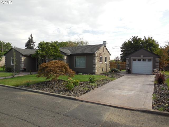 825 Davis, Milton Freewater, OR