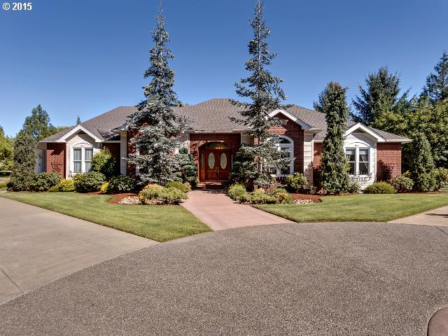 1225 NW Saint Andrews Pt, Mcminnville, OR