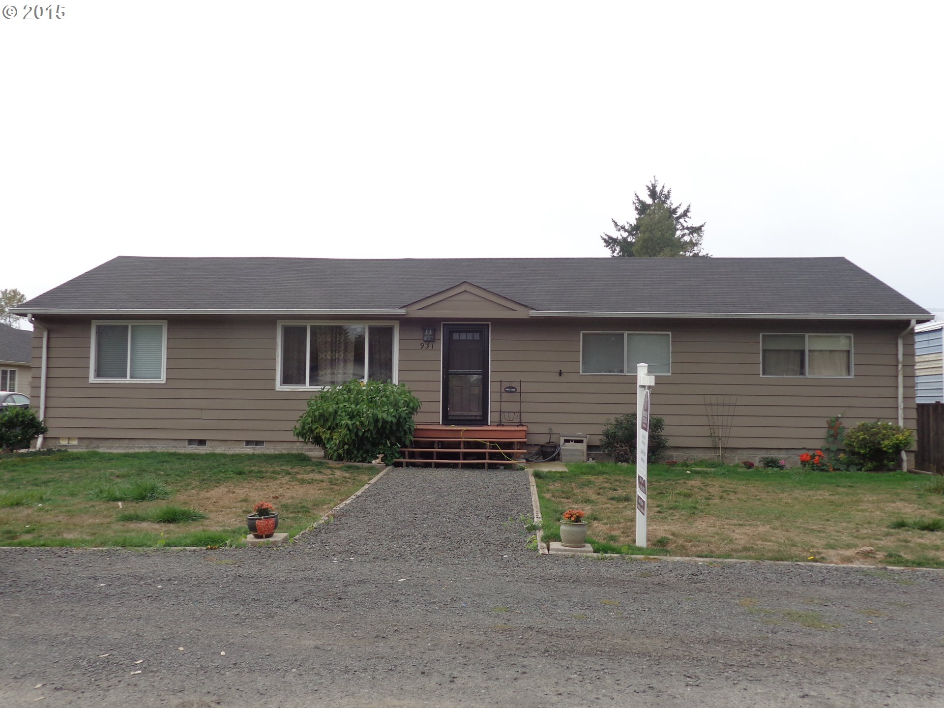 931 54th St, Springfield, OR
