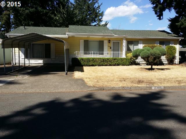 12305 NE Brazee St, Portland, OR