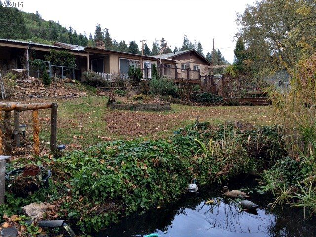 2944 Canyonville-riddle Rd, Riddle, OR