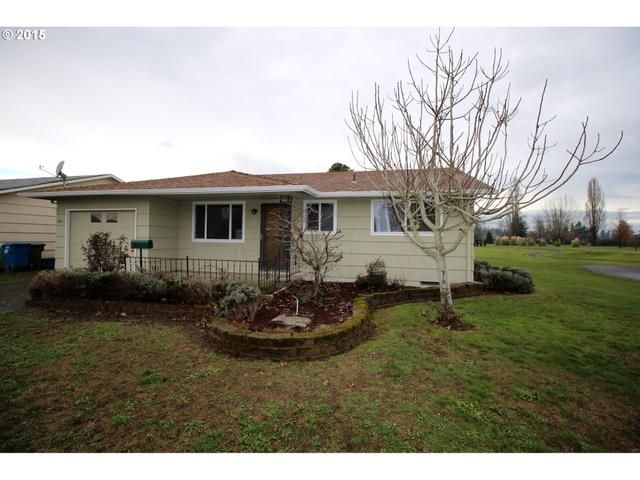 1881 Country Club Rd, Woodburn OR 97071