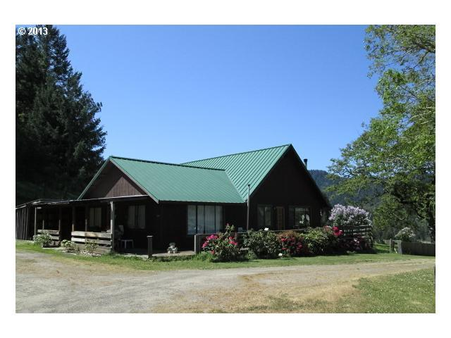 11408 Tiller Trail Hwy, Days Creek, OR 97429