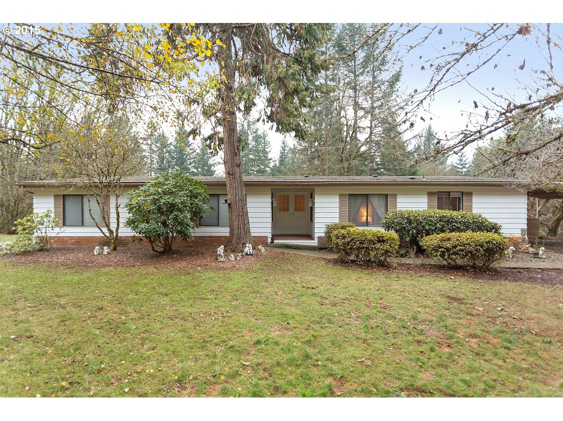 15720 S Wrolstad Dr, Oregon City, OR