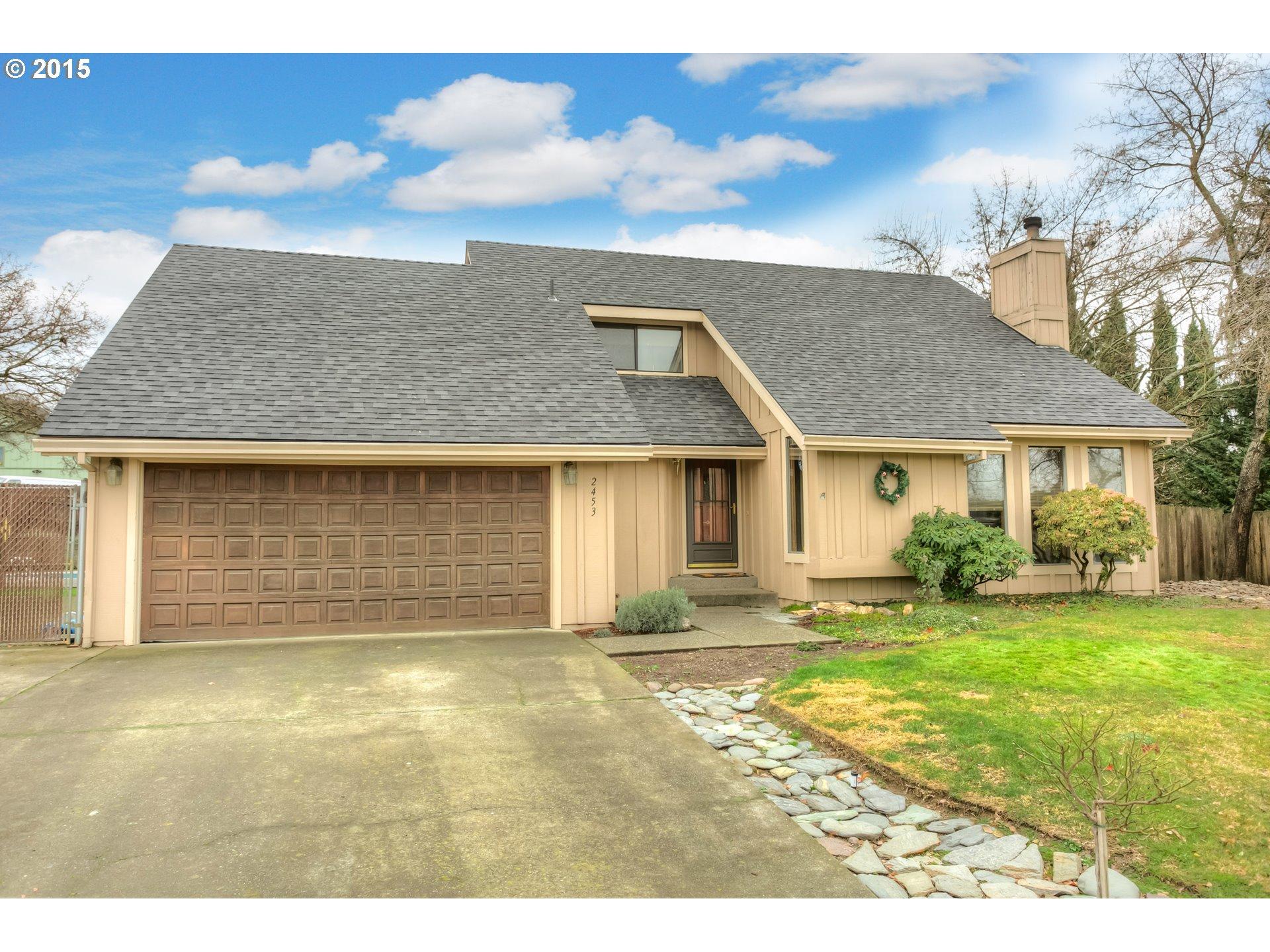 2453 Huntington Ln, Medford, OR