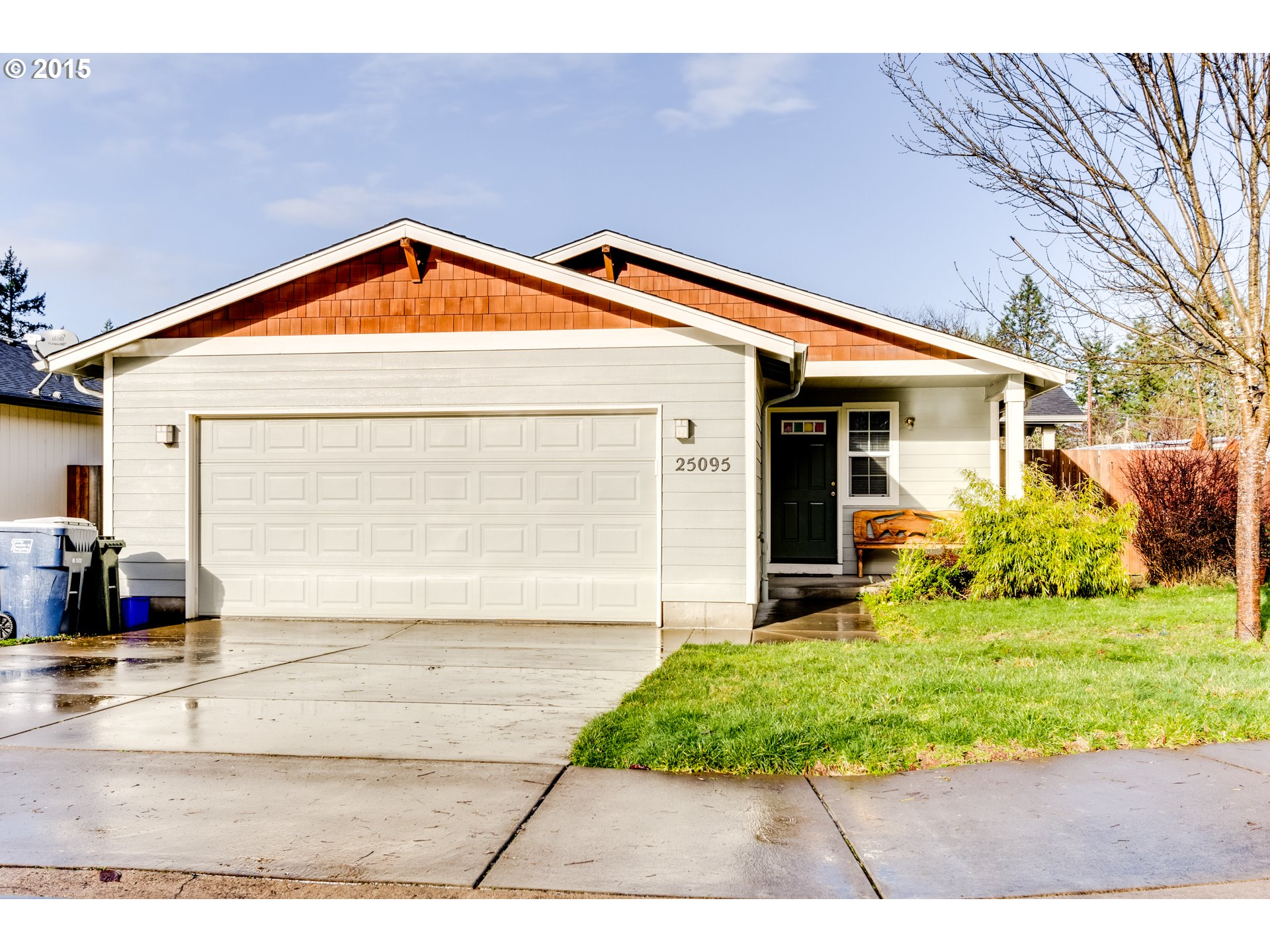 25095 Cottage Ct, Veneta, OR