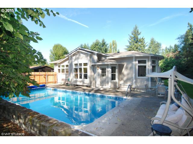 7124 SW 76th Ave, Portland, OR