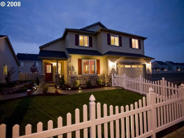 3318 Reed Ave, Woodburn OR 97071
