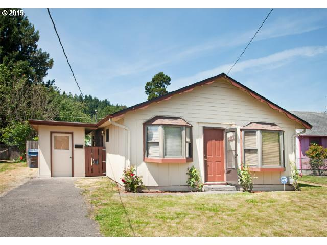 1211 N 1st Ave, Kelso WA 98626
