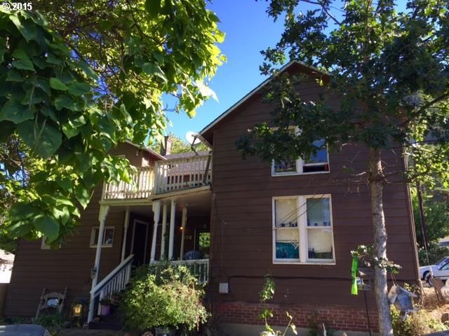 218 E Franklin St, Bingen, WA