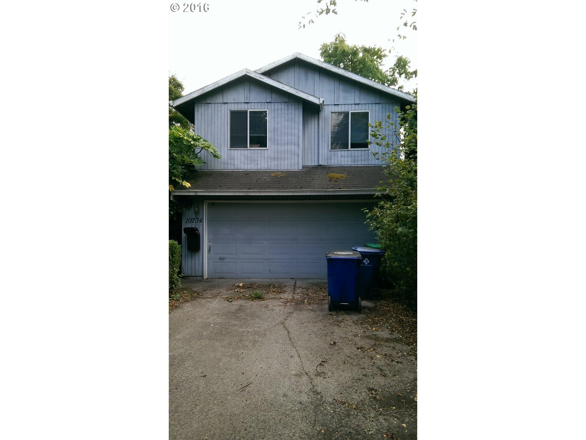 10734 NE Russell St, Portland, OR