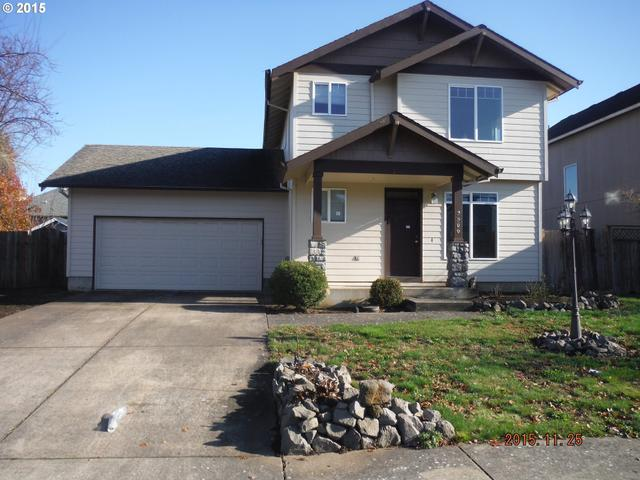 2566 Concord St, Woodburn OR 97071
