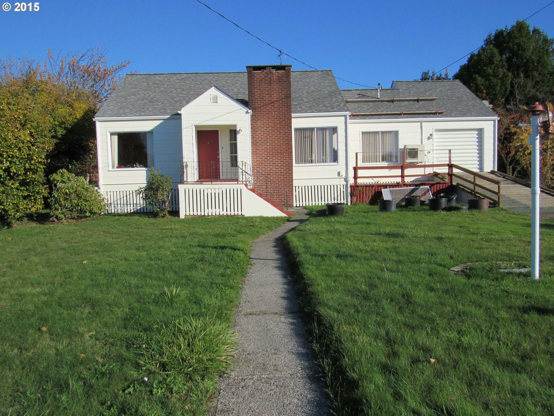 55561 Fishtrap Rd, Coquille, OR