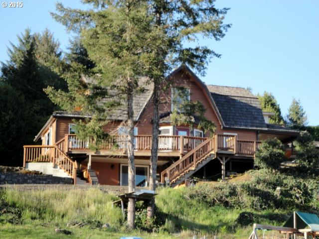 1276 S 12th, Coos Bay, OR
