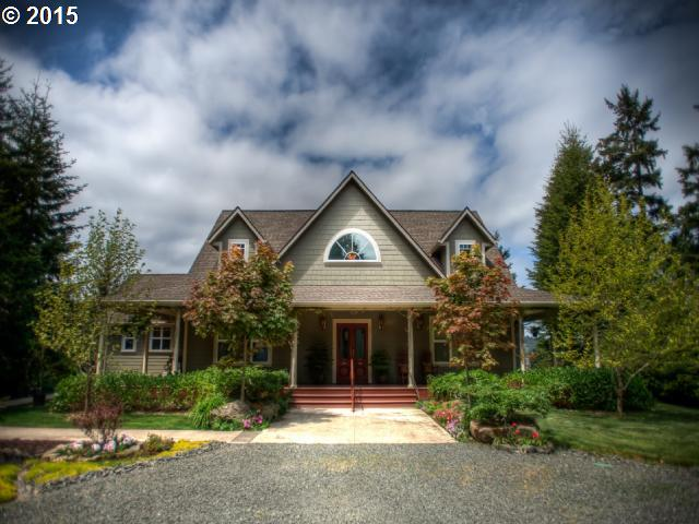 62556 Crown Point Rd, Coos Bay, OR