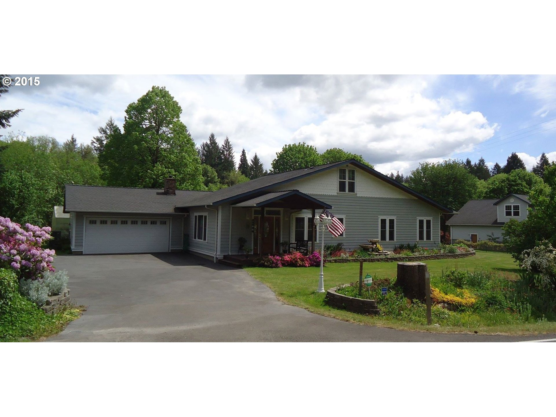 35240 Mckenzie View Dr, Springfield, OR
