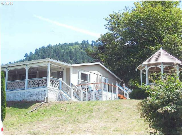408 Tower Ln, Canyonville, OR