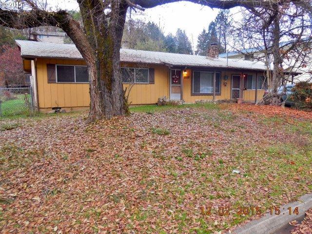 1402 Newton Creek Rd, Roseburg, OR