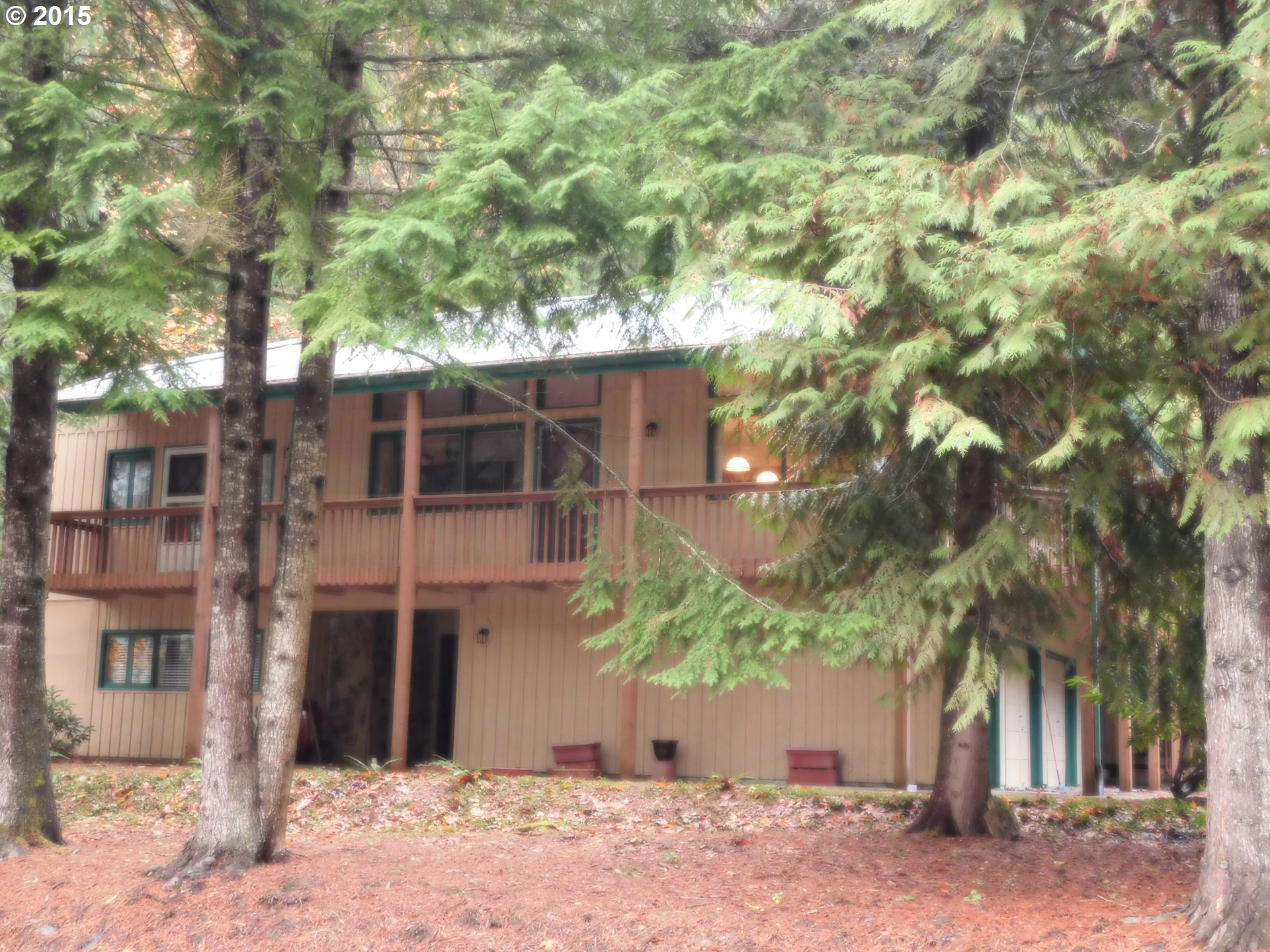 25741 E Highview Ct, Welches, OR