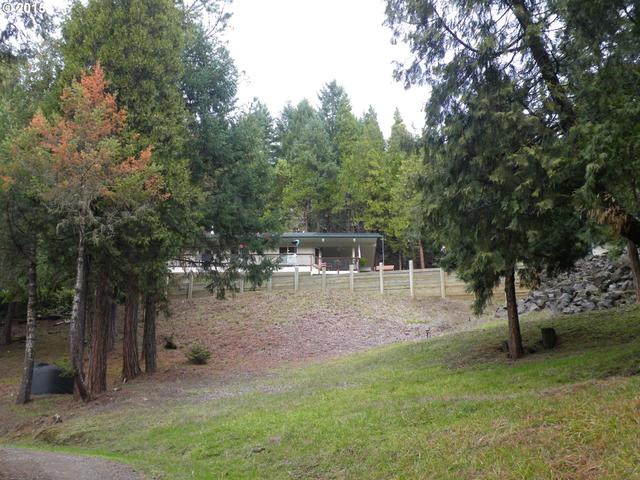 2121 Woods Creek Rd, Days Creek, OR