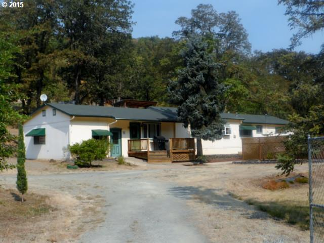 3898 Shoestring Rd, Riddle, OR