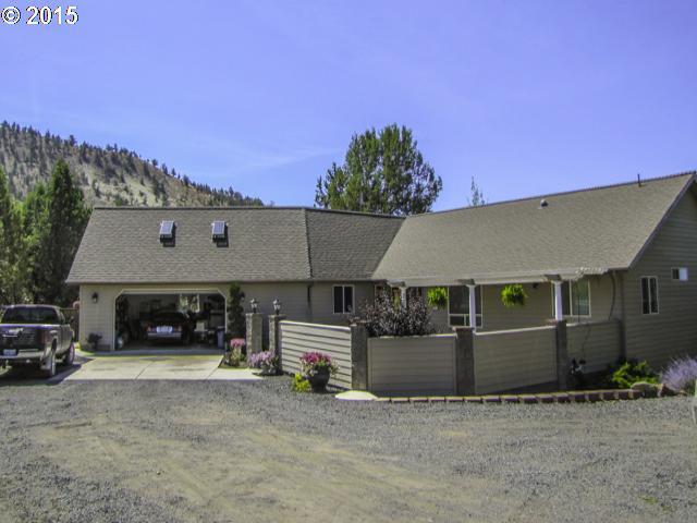 8882 NE Meadow Ridge Rd, Prineville, OR