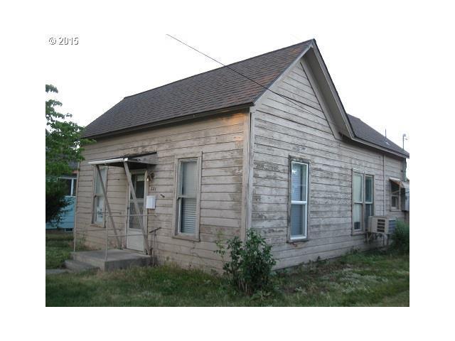321 S Elizabeth St, Milton Freewater OR 97862