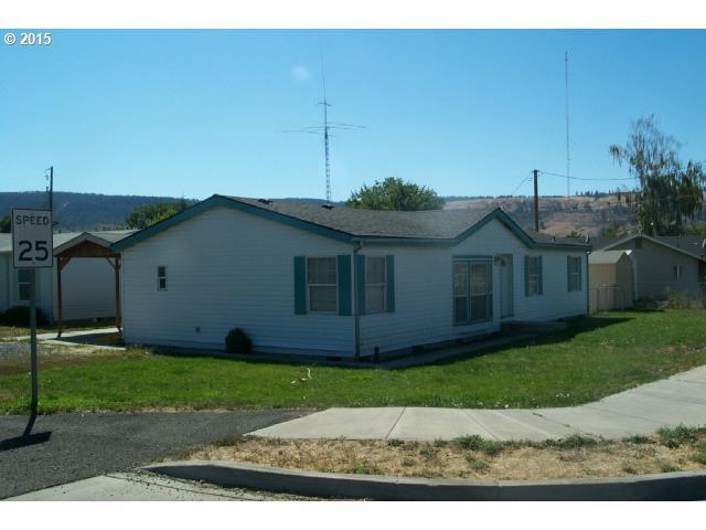 2612 Cove Ave, La Grande, OR